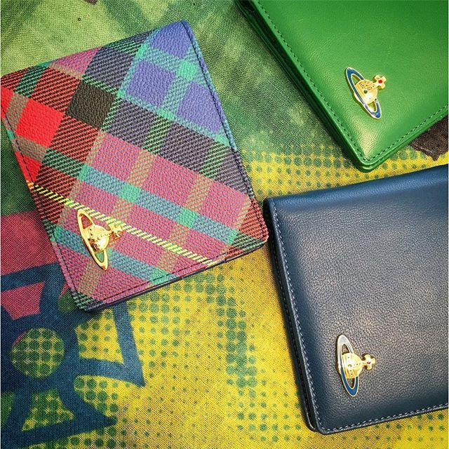 The sun is shining, make life even brighter with one of these great wallets from Dame Viv at Pour Tous️Shop our insta- Link in our Bio #10760