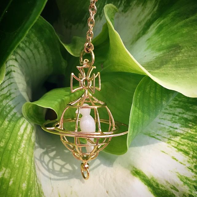 Vivienne Westwood Paloma Orb pendant in gold 🕊Shop our insta- Link in our Bio #10741
