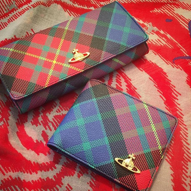 Hers and hers Vivienne Westwood Derby Wallets in Mac Charles tartan🏻 Shop our insta- Link in our Bio #11041
