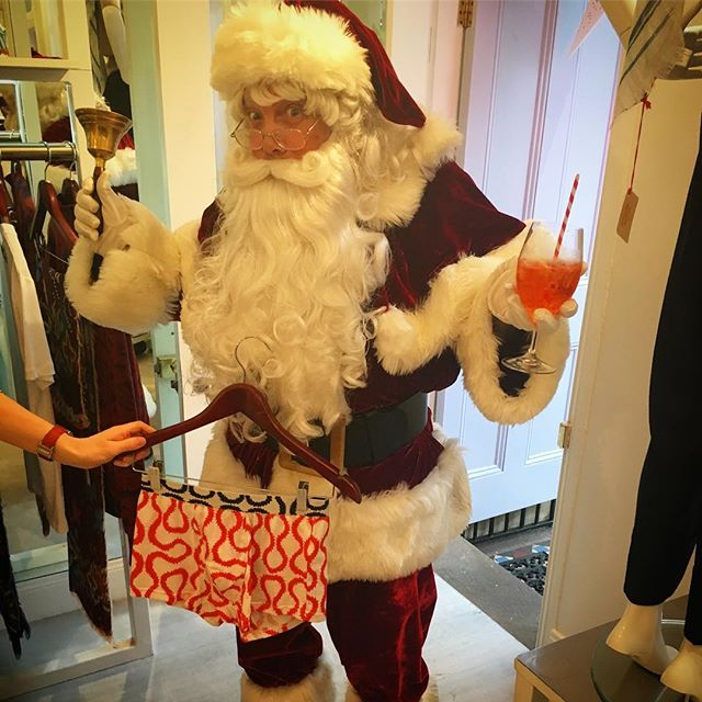 Great to have Santa with us tonight for an Aperol spritz and some Vivienne Westwood trunks 🏻🏻