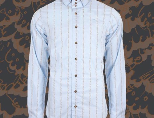 Instantly recognisable with a stately three button collar, the Vivienne Westwood Krall shirt is a true classic and we just love this floral stripe on sky blue Shop our insta- Link in our Bio #11295